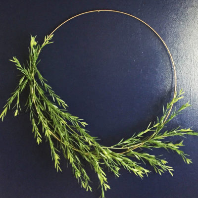 The simplest, prettiest, wispy wreath you'll ever make