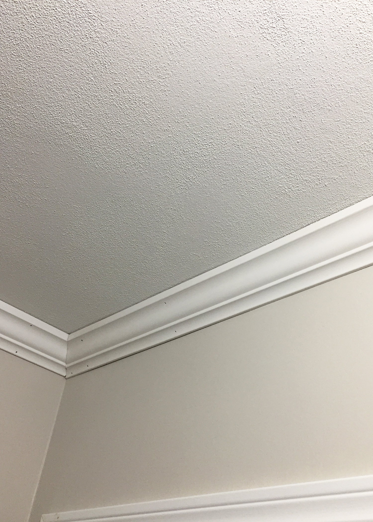 Smoothing Outdated Textured Walls